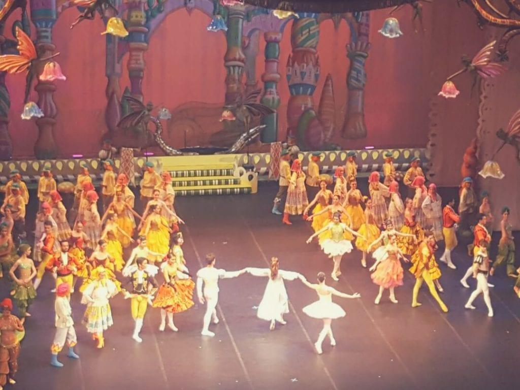A photo of the Nutcracker performance at Rio de Janeiro Municipal Theatre