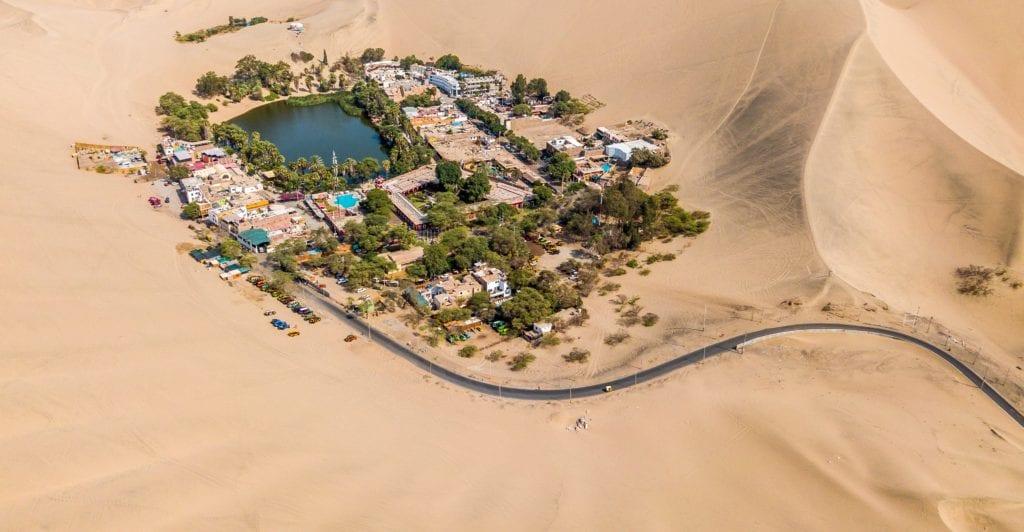 Ica, Peru: Huacachina Day Trip to Oasis + Sandboarding