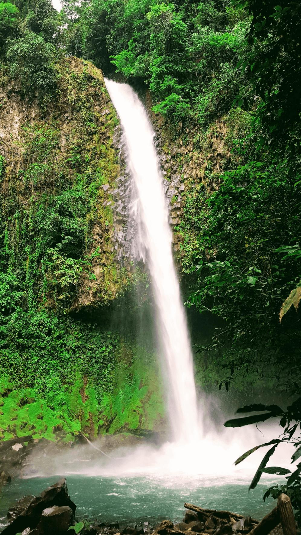 La Fortuna Waterfall, one of the best waterfalls in La Fortuna, Costa Rica