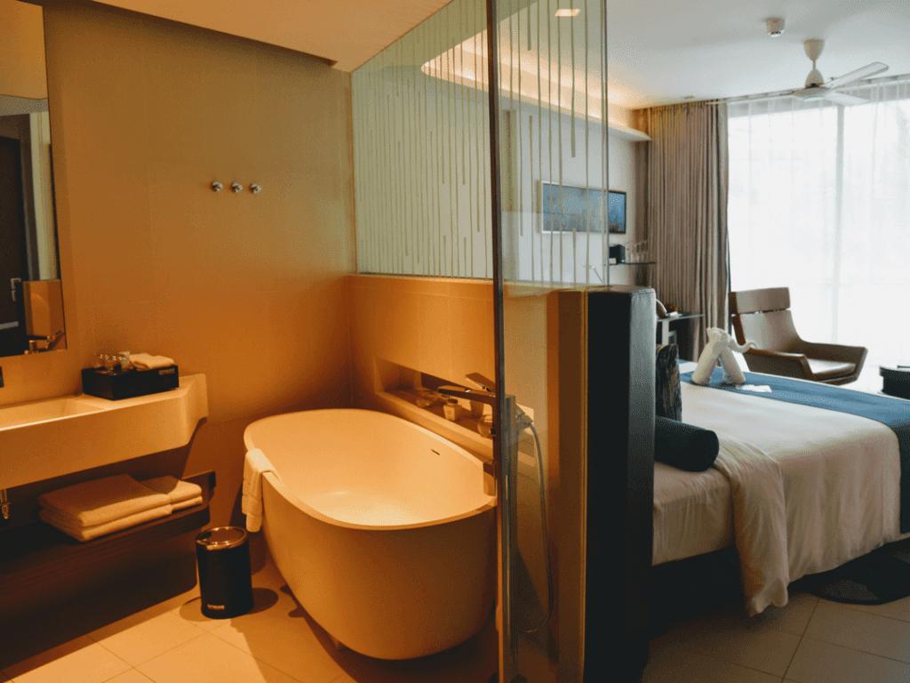 5-star-luxury-in-Phuket