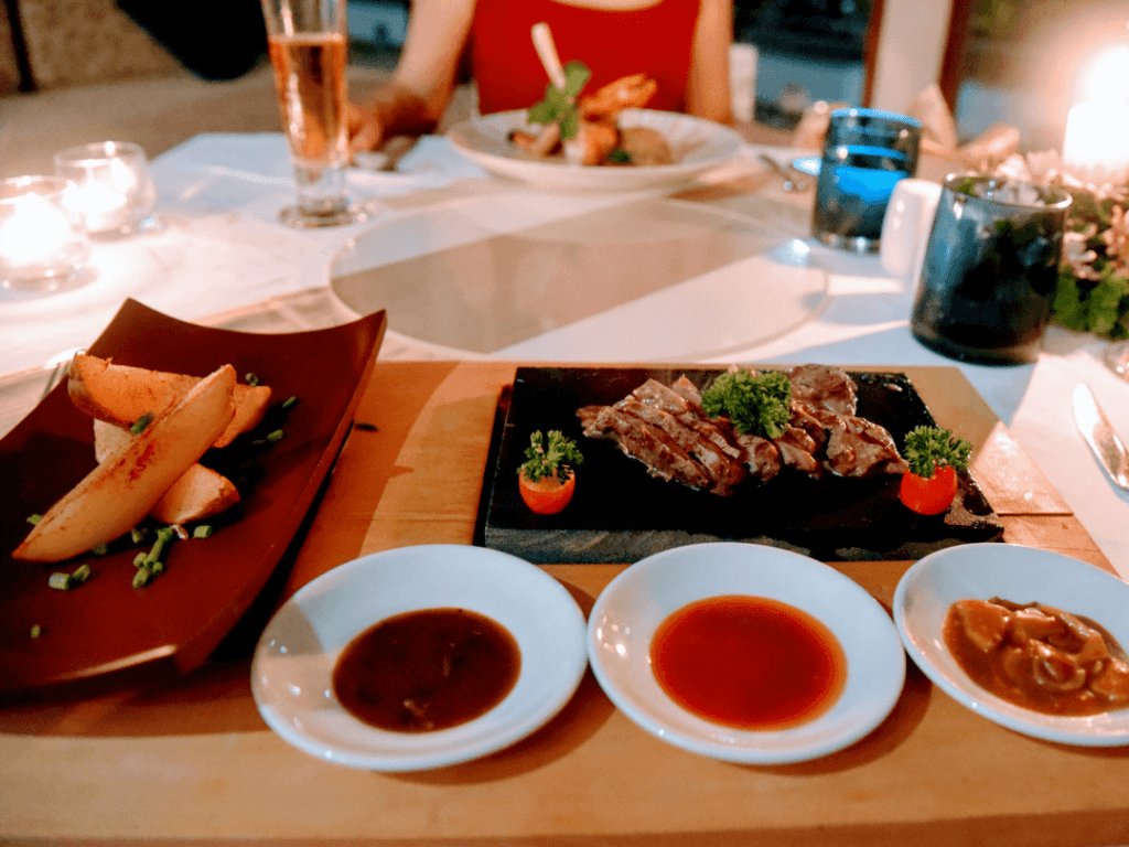 An-image-of-the-restaurant-at-the-best-accommodation-krabi