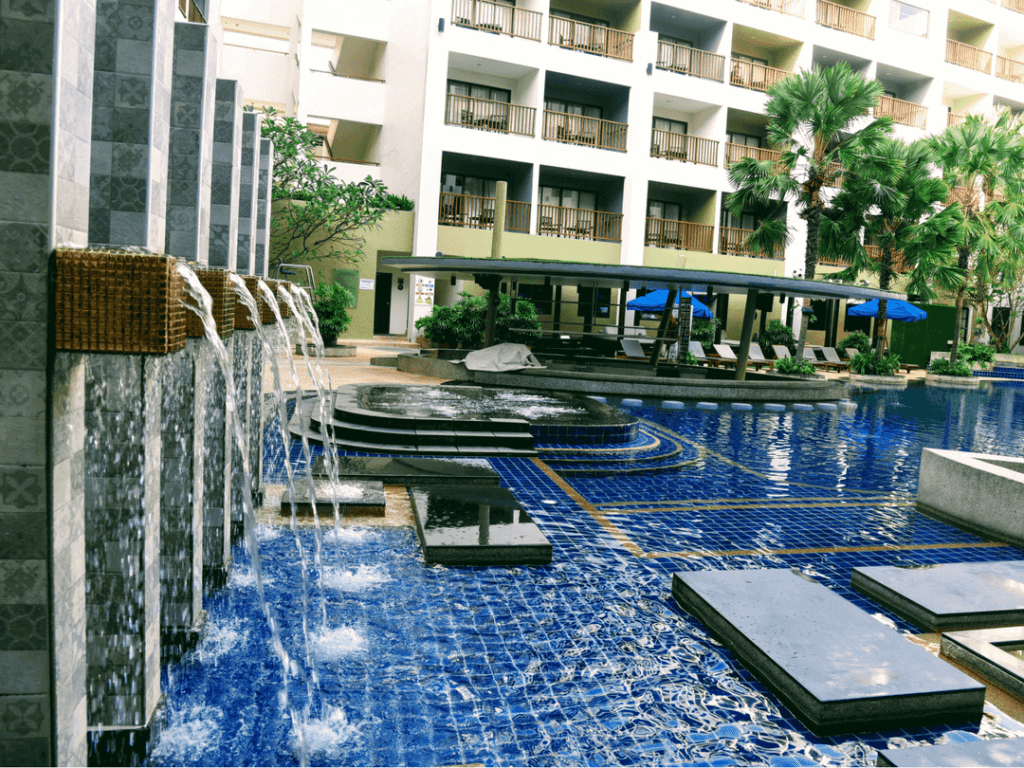 An-image-showing-the-best-pool-in-Patong-Beach