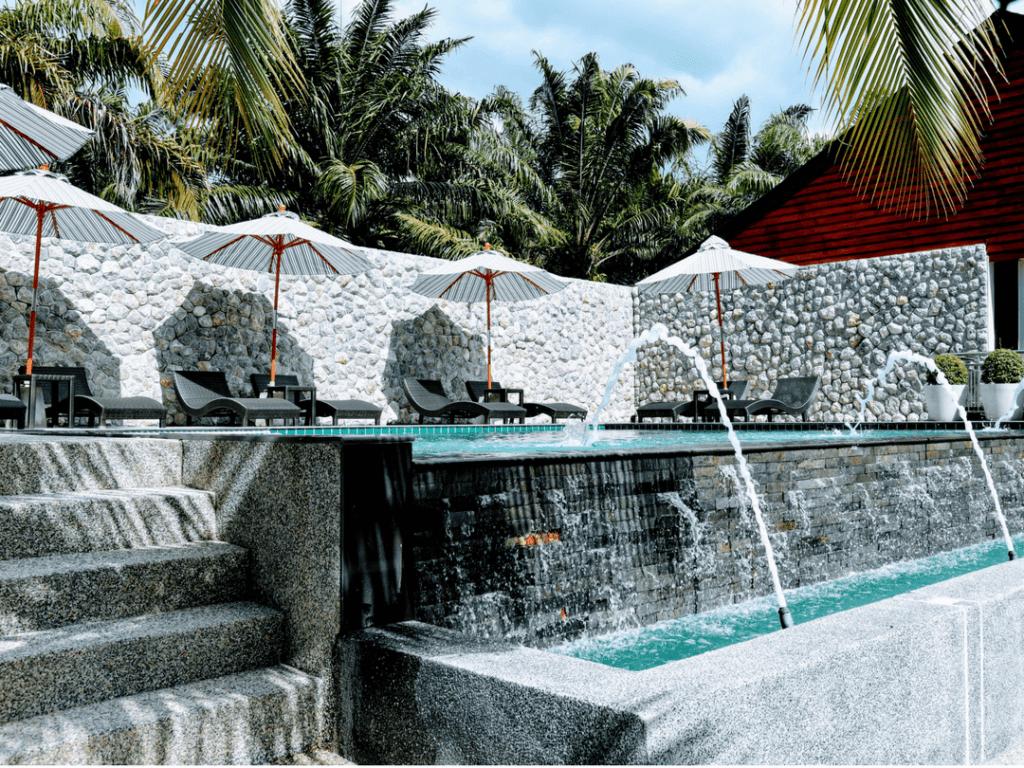 An-image-of-luxury-accommodation-on-Aonang-Beach