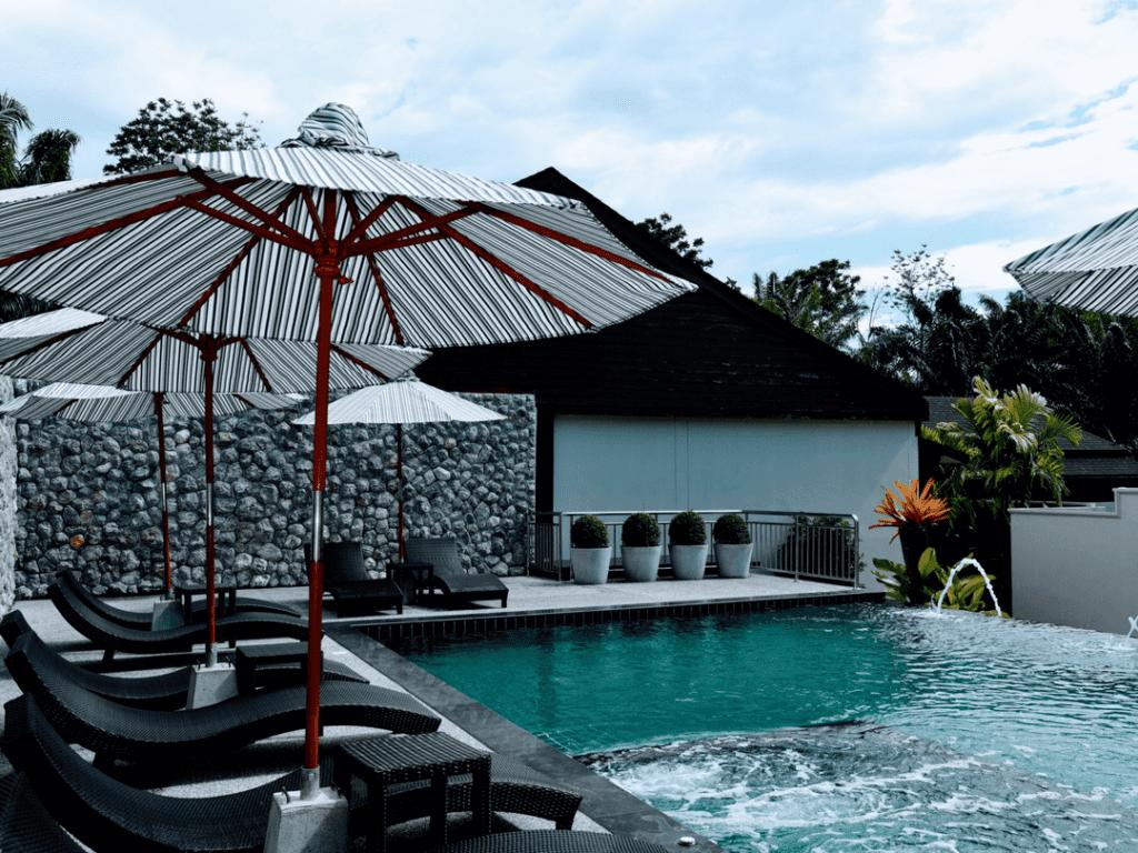 An-image-of-De-Malee-Pool-Villas