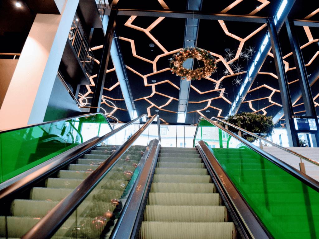 A photo of the escalator to the lobby of Skt Petri Hotel