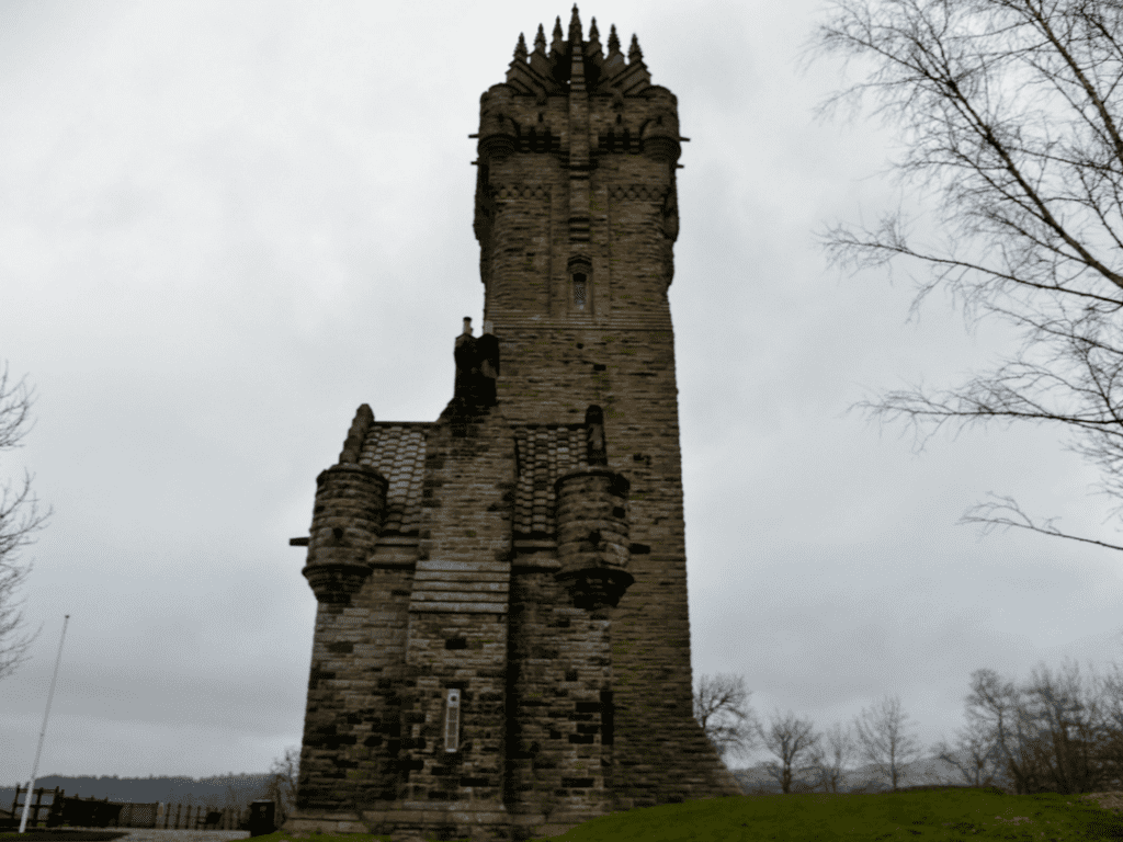 An-image-showing-the-William-Wallace-monument