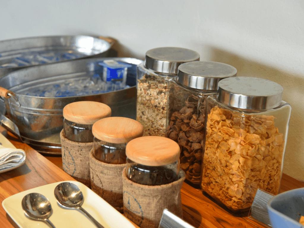 Kiridara-Hotel-breakfast