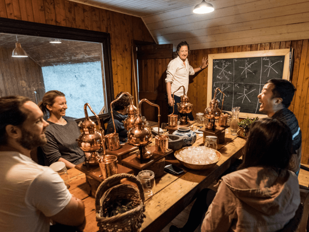An-image-showing-gin-making-in-scotland