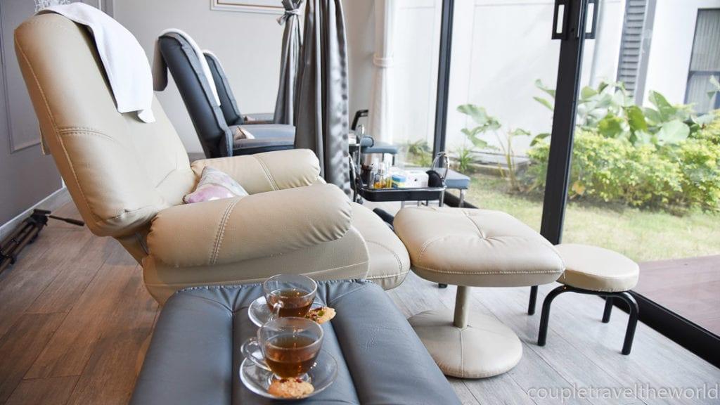 cassia phuket massage room