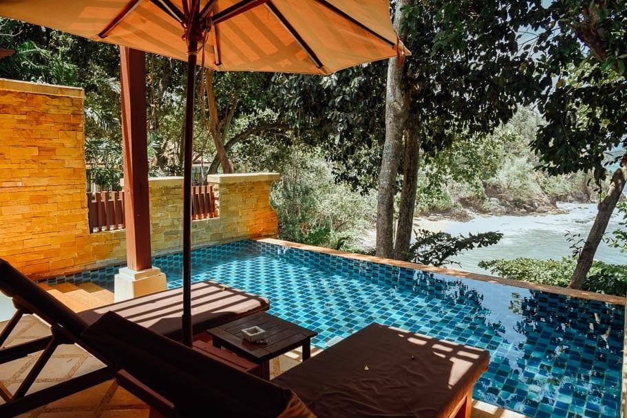 Private Pool Crown Lanta