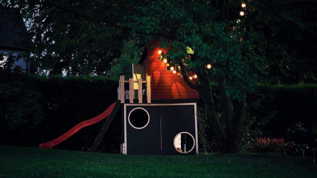Good-Second-Date-Idea-Cubby-house
