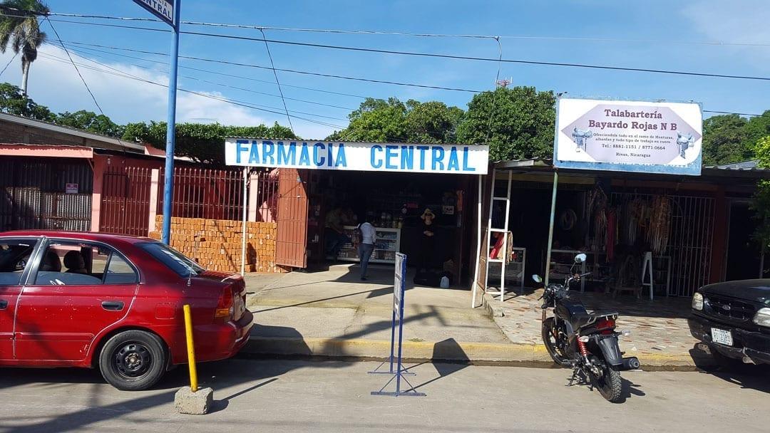 Farmacia-bus-stop-for-san-jorge-bus-collectivo