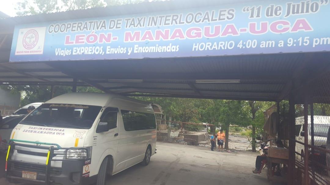 bus-to-granada-at-managua-bus-terminal