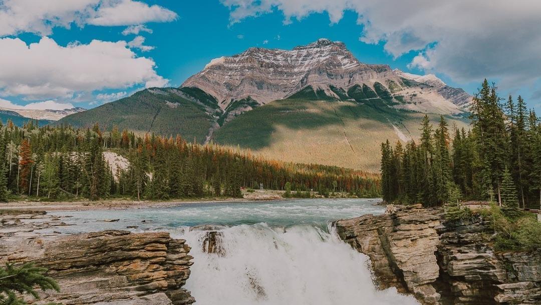 athabasca-falls-trail