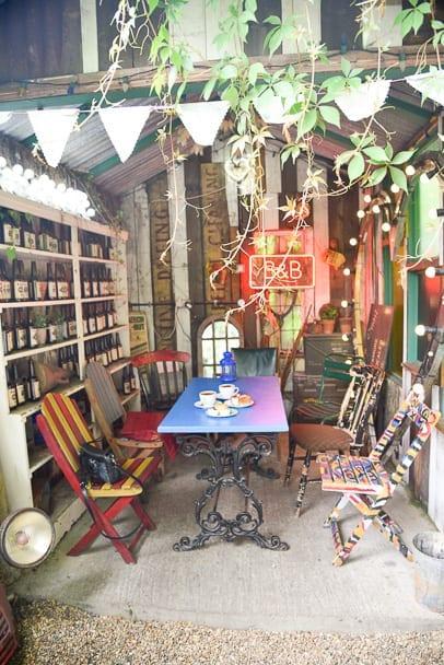 gods-own-junkyard-cafe