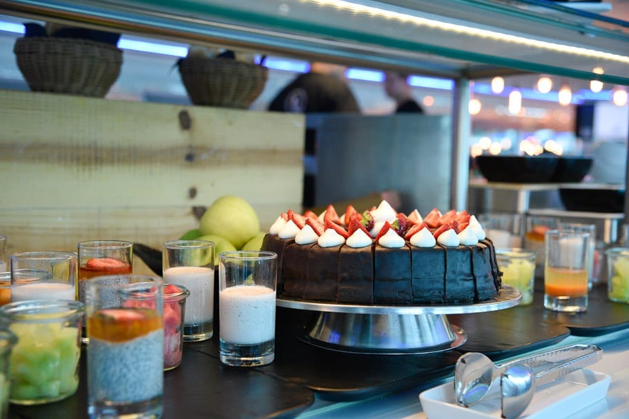 U-river-cruise-restaurant