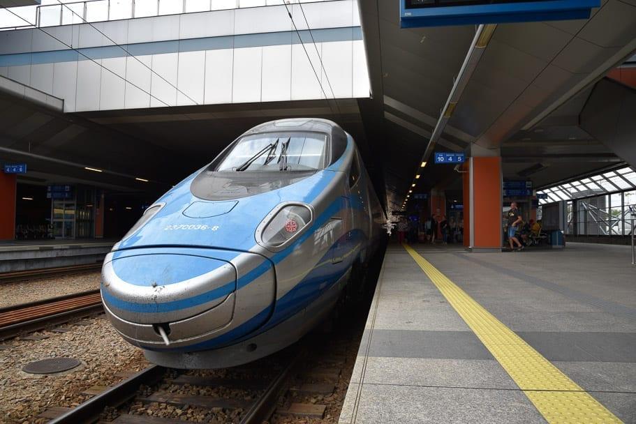 EIP-train-warsaw-krakow