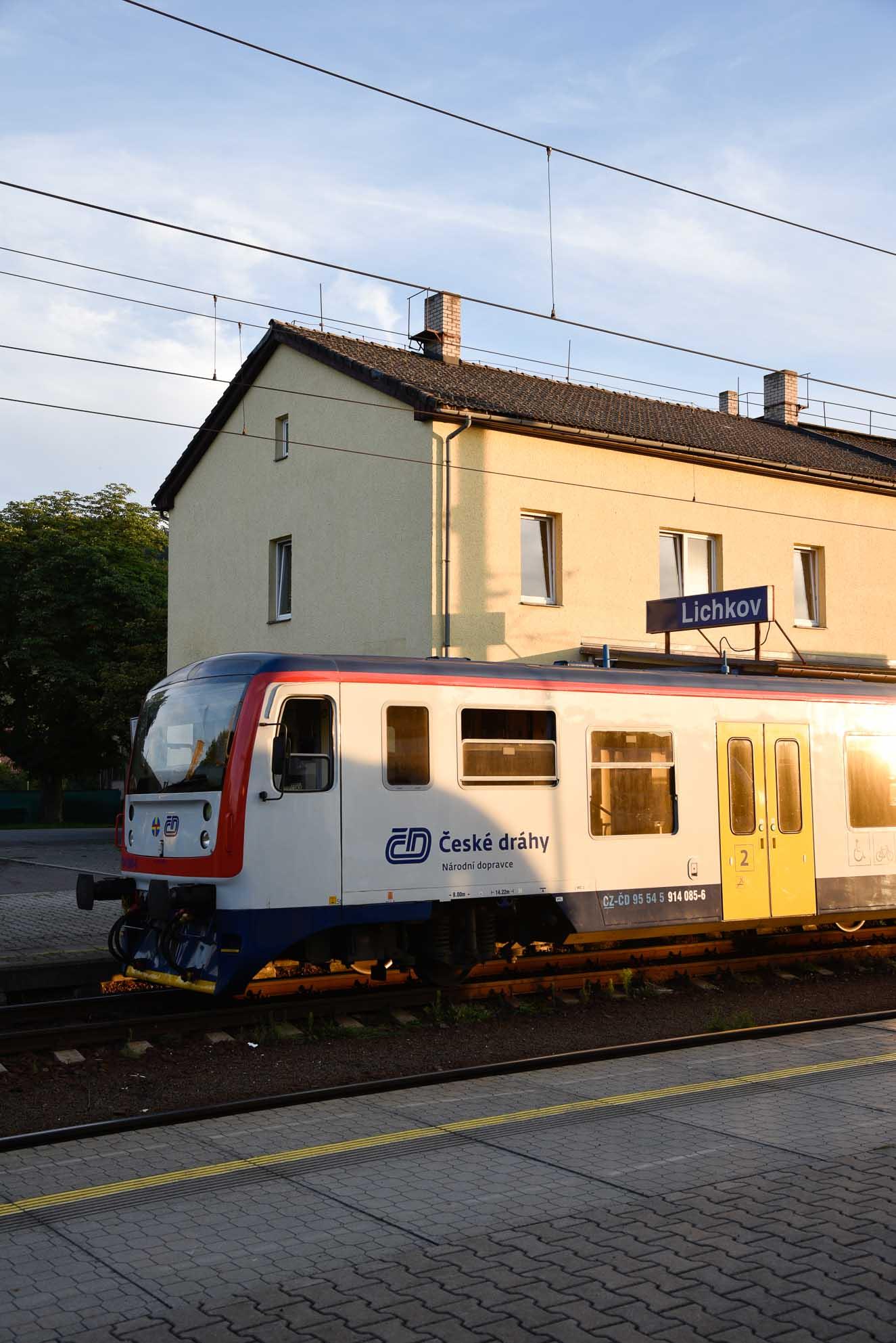 Train-at-Lichkov-station