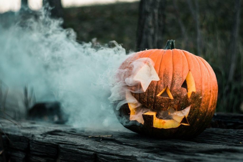 halloween-hashtags-to-use