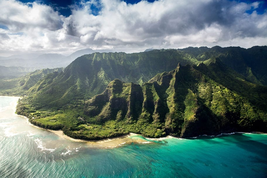 50 + Tropical Hawaii Quotes for Awesome Instagram Captions!
