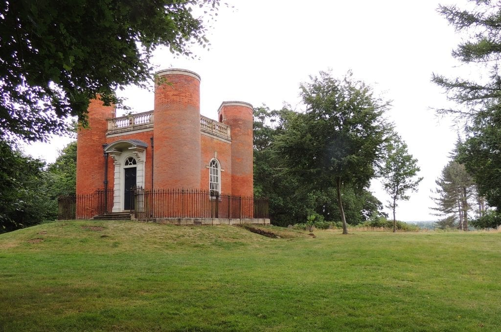 Queen-Anne-summerhouse-Old-Warden