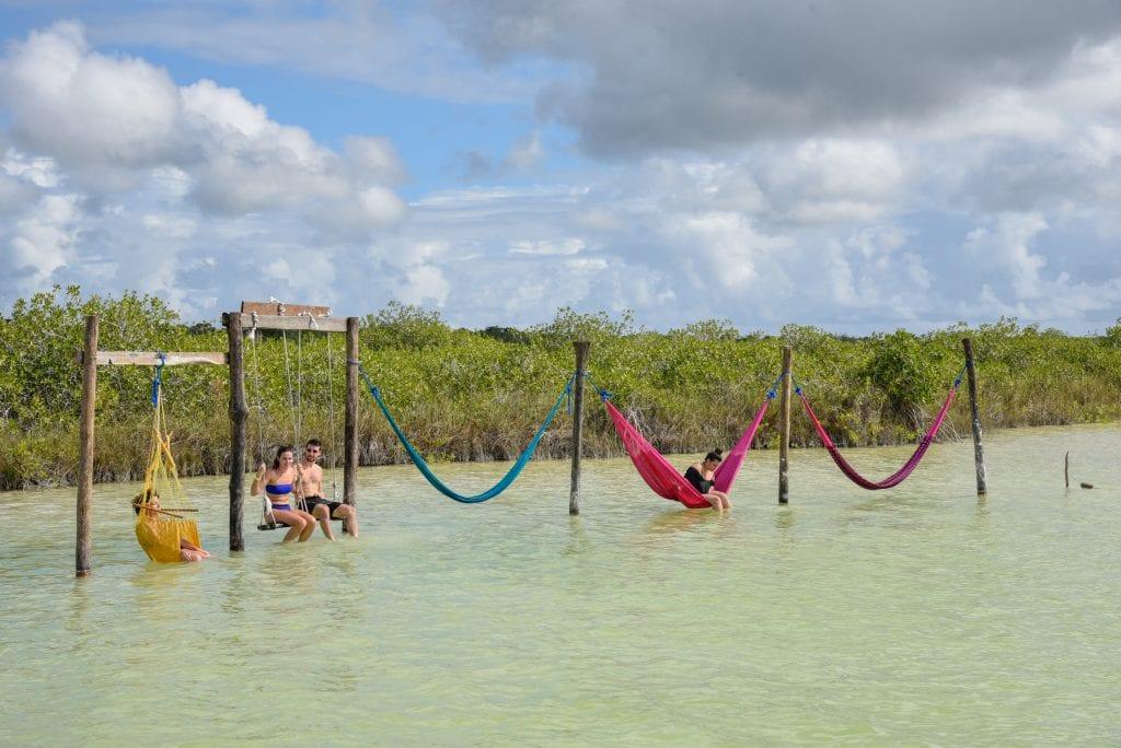 Laguna-Kaan-Luum-hammocks