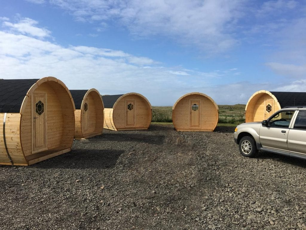 Framtid-Camping-Lodging-Barrels