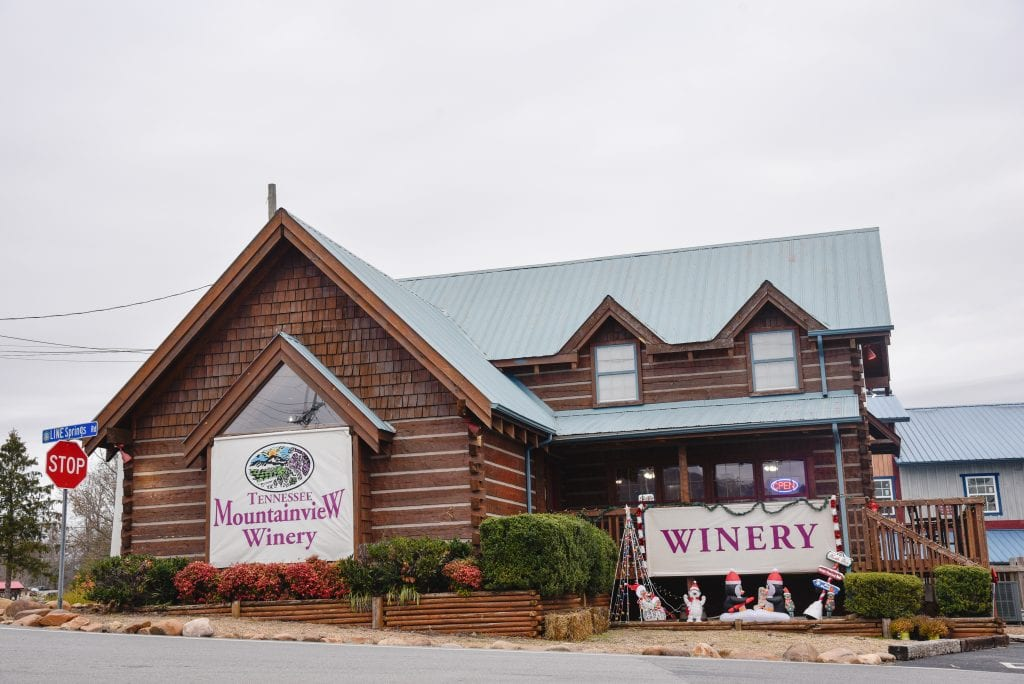 things-to-do-in-pigeon-forge-visit-a-winery