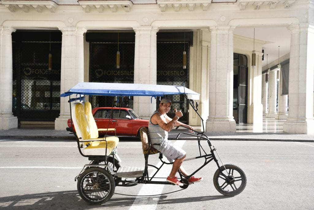 best-things-to-do-in-Havana-pedicab