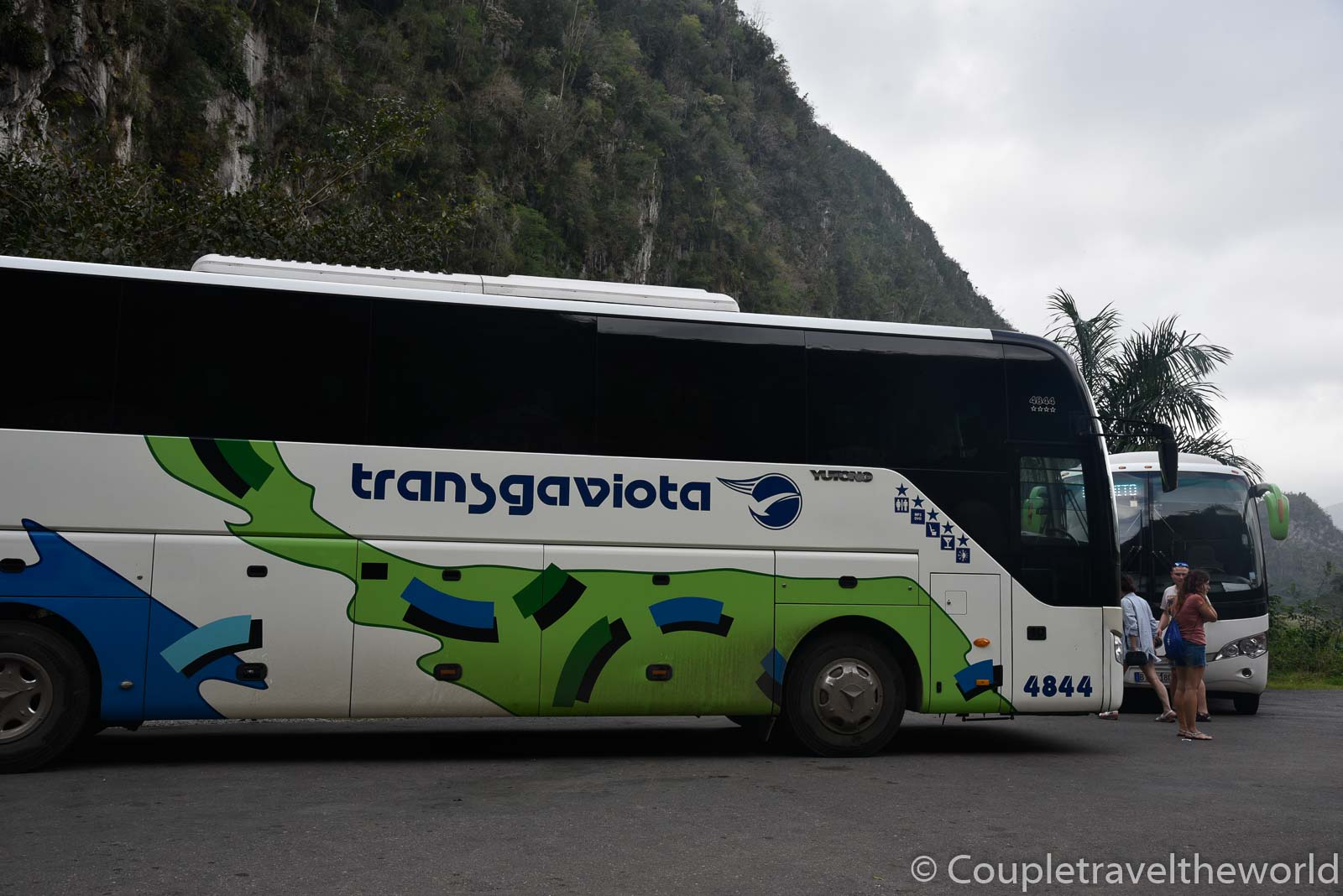 bus-havana-vinales