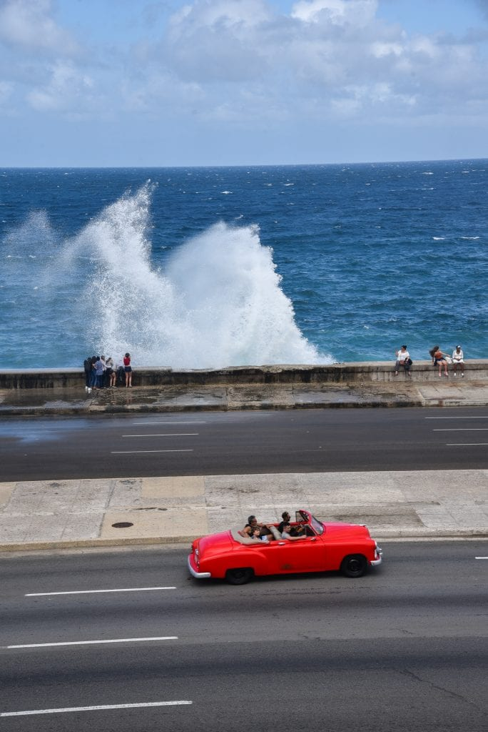 things-to-do-in-Havana-cuba-malecon