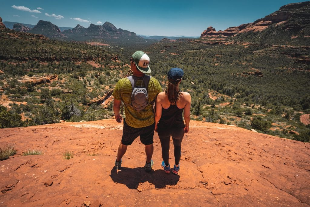 married-date-ideas-hike