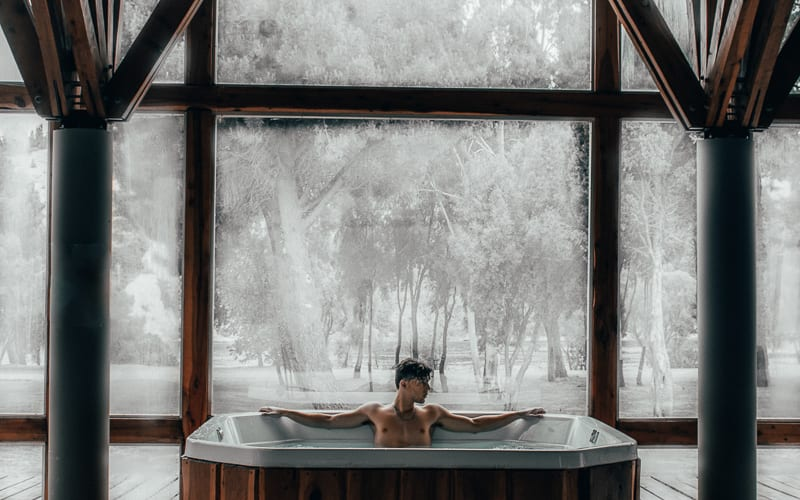romantic-helen-ga-hotels-with-spa