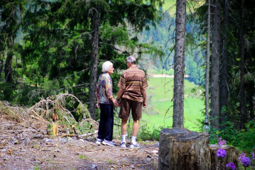 hiking-couple-quotes