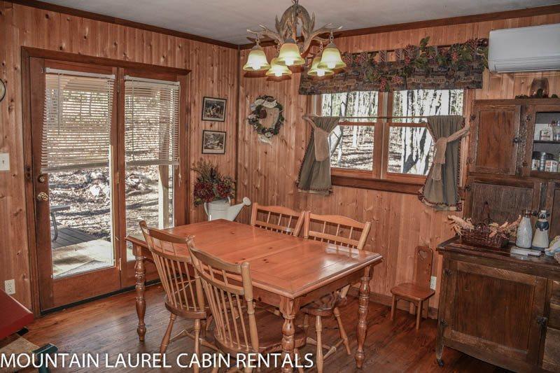 romantic-cabins-in-georgia-a-rustic-cabin