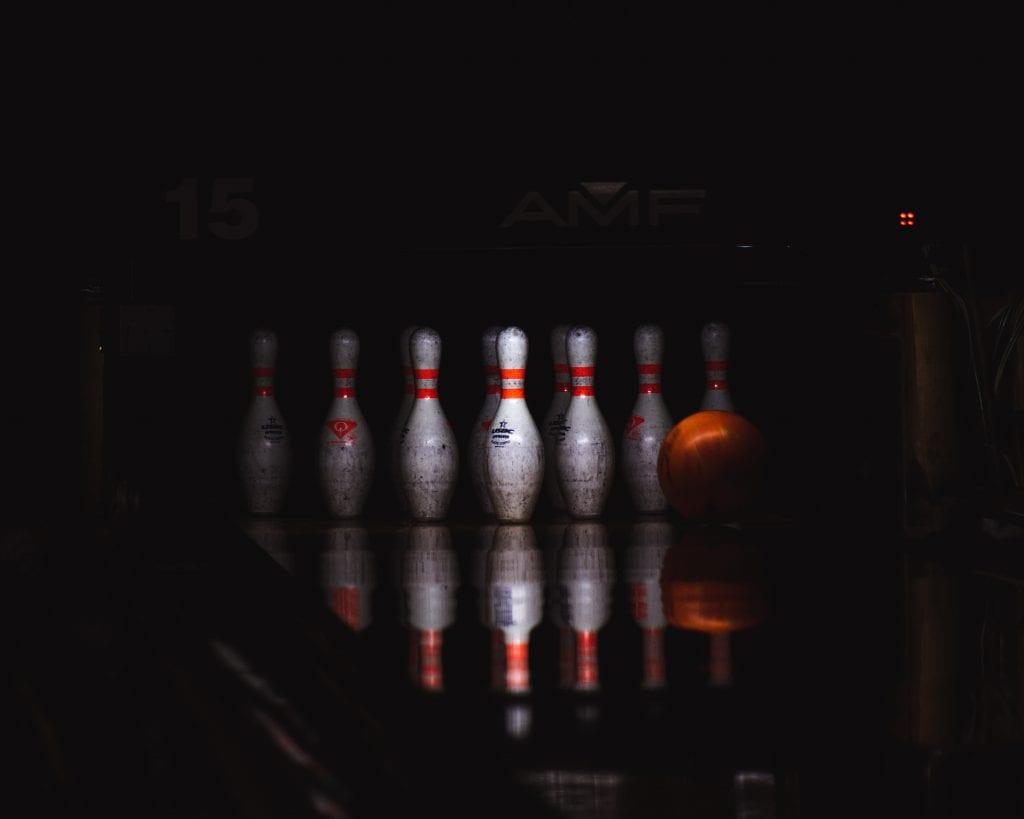 bowling-date-ideas
