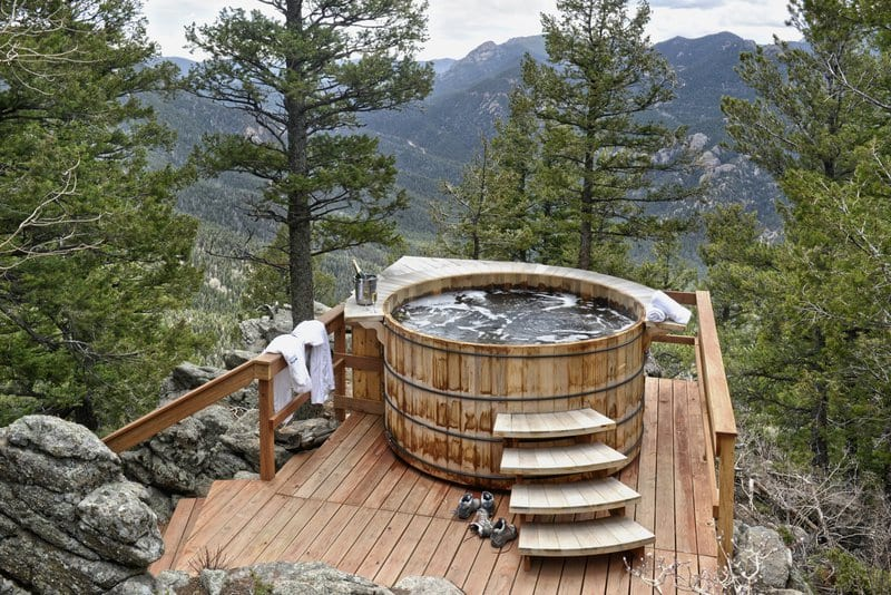 12 Romantic Colorado Hotels with Private Hot Tubs