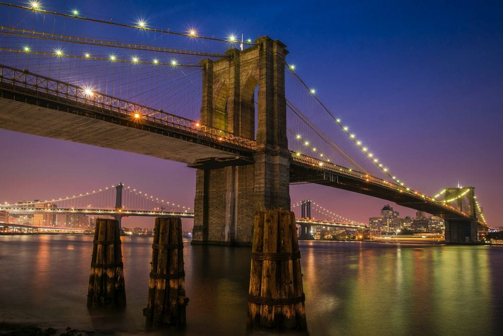brooklyn-bridge-romantic-things-to-do