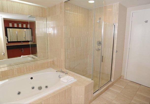 hot-tub-suites-atlanta