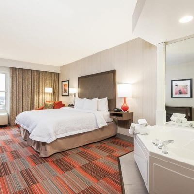 27 Romantic Hotels with Jacuzzi in room NC: Top Honeymoon Suites