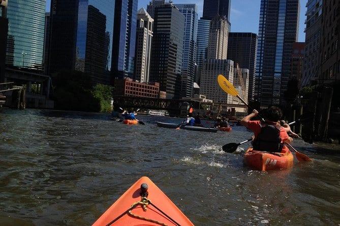 kayak-chicago-river