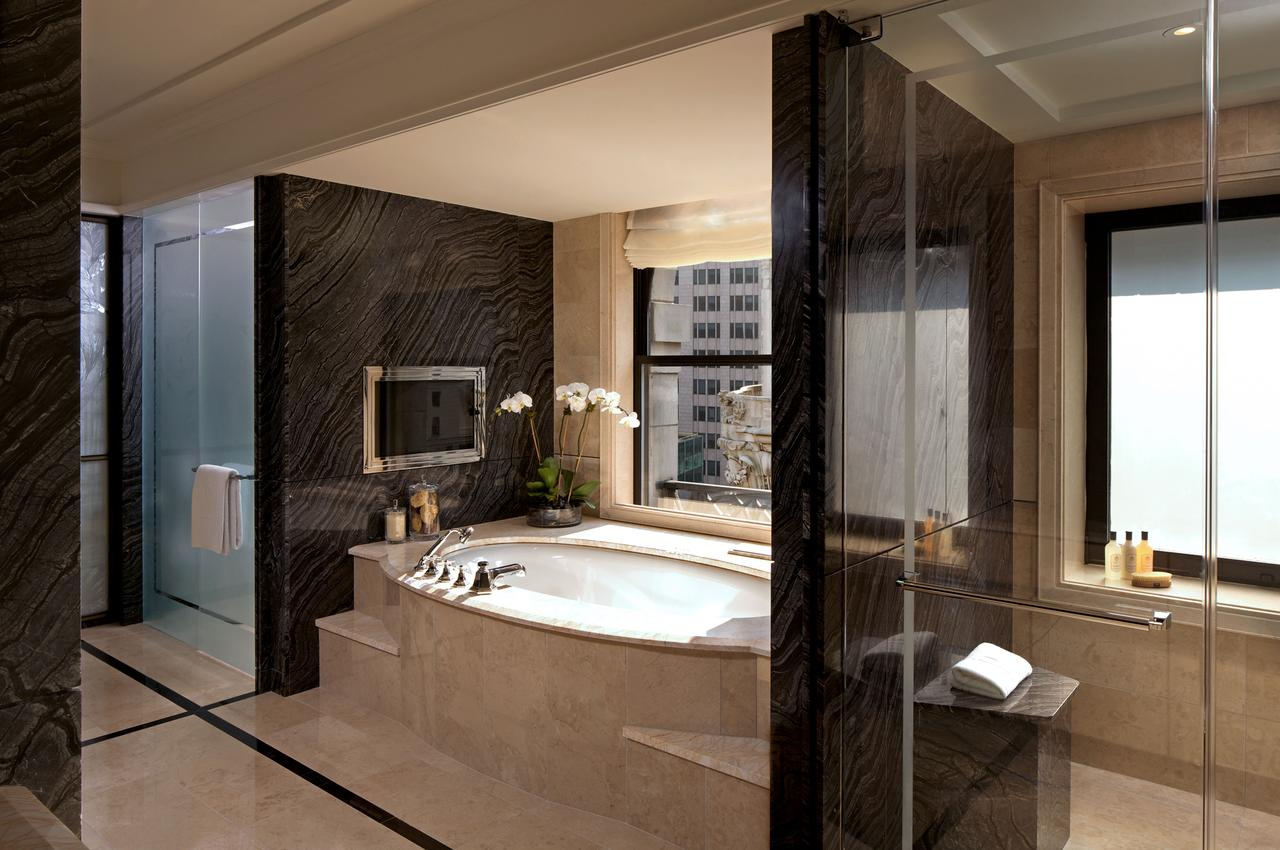 romantic-hotels-in-nyc-with-hot-tub