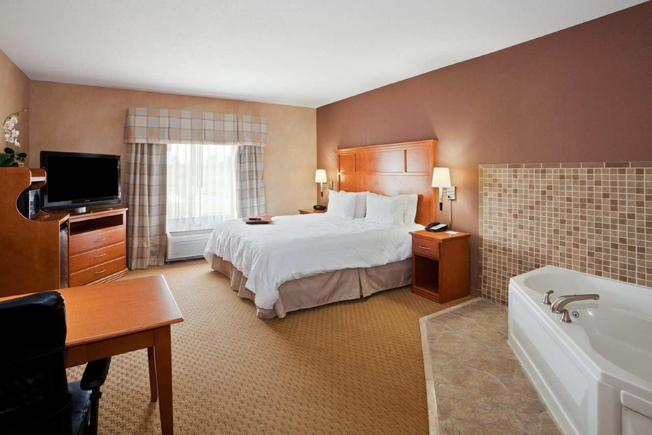 Hampton Inn Detroit - Shelby Township