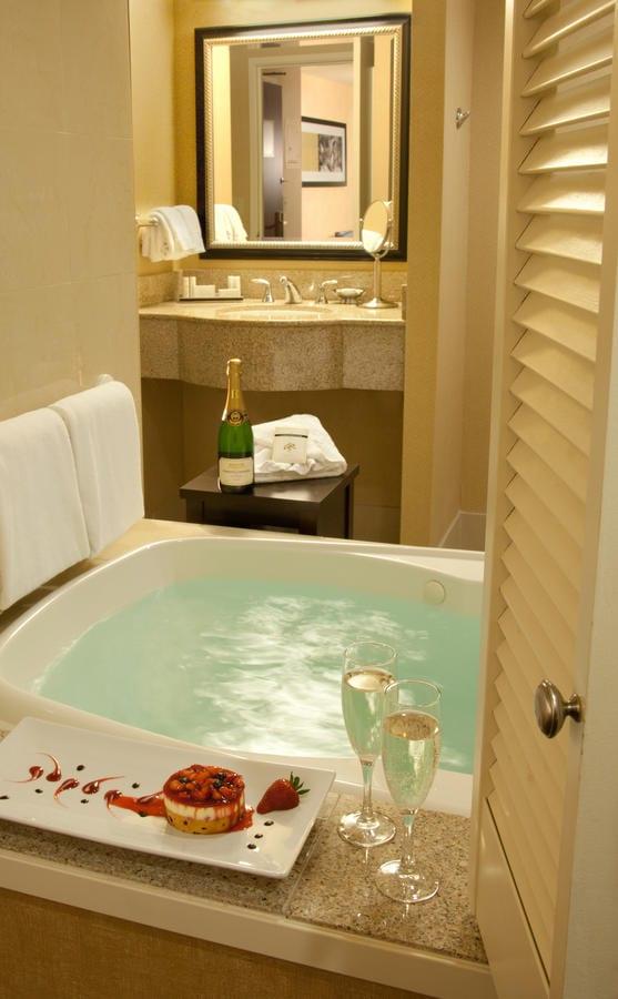 romantic-suites-seattle